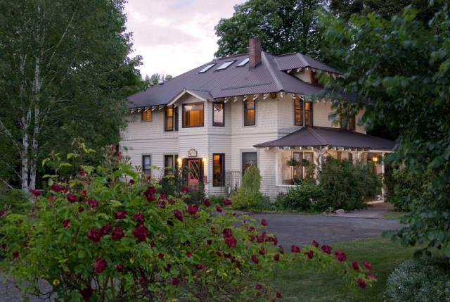 The Old Parkdale Inn - Green Certified by the Oregon Bed and Breakfast Guild
